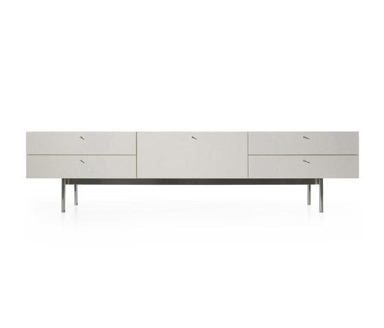 255/256 Flat von Cassina | Sideboards / Kommoden