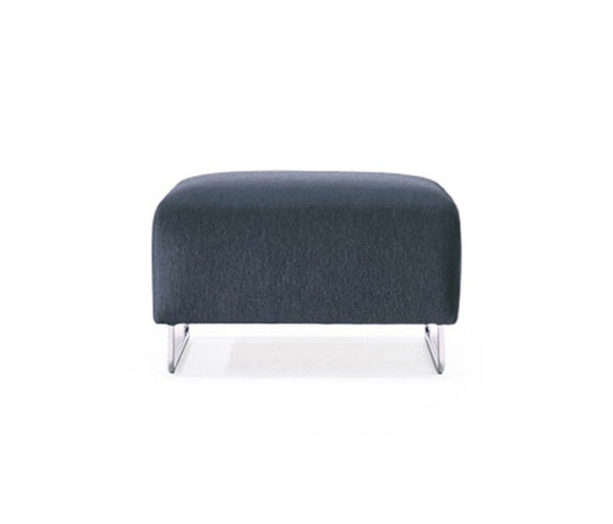 253 Nest by Cassina | Poufs