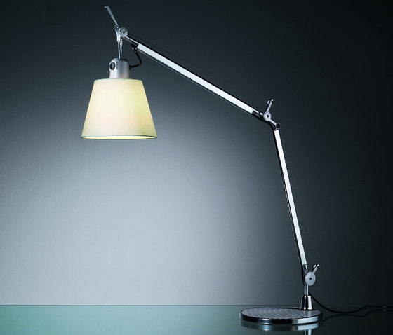 Tolomeo basculante Table Lamp by Artemide | General lighting
