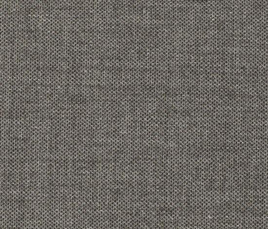 Clara 384 by Kvadrat | Fabrics