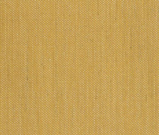 Clara 448 by Kvadrat | Fabrics