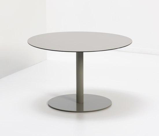 Soft Tables von van Esch | Beistelltische