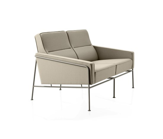 Model 3302 by Fritz Hansen | Lounge sofas