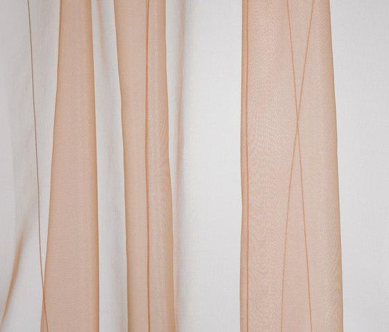 M/T Colour 541 by Kvadrat | Curtain fabrics