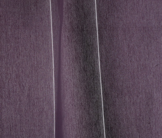 M/T Colour 681 by Kvadrat | Curtain fabrics