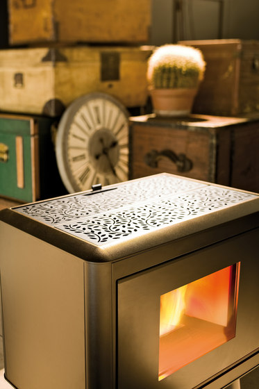 Kama | Pellet by MCZ | Wood burning stoves