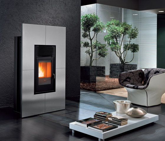 Reflex Ruggine | Modulo by MCZ | Wood burning stoves