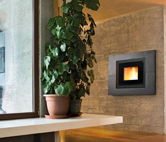 Prime | Vivo 80 Pellet by MCZ | Pellet burning stoves