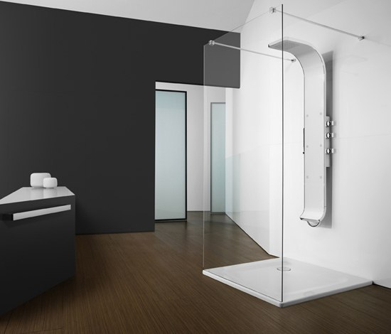 Modus Central by ROCA | Shower screens
