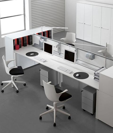 DV801-Entity by DVO   Desking systems