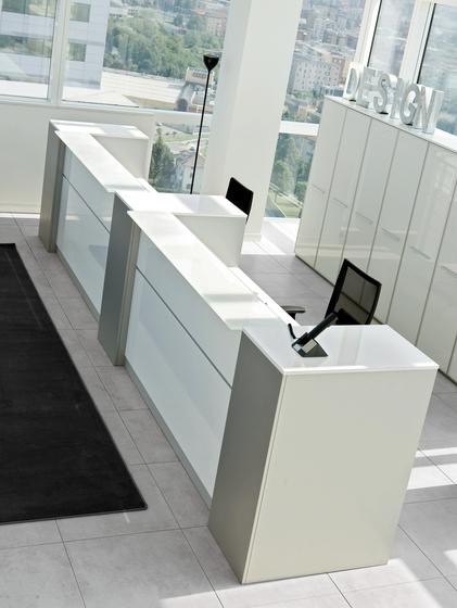 DV702-LED by DVO   Reception desks