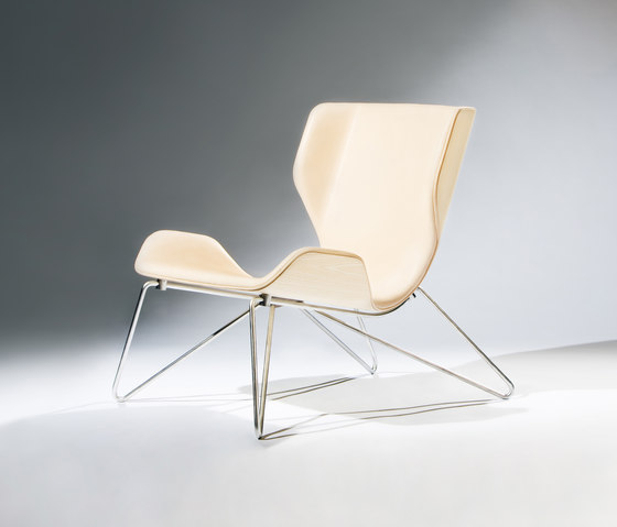 Mollis – Easy Chair de RVW Production | Fauteuils
