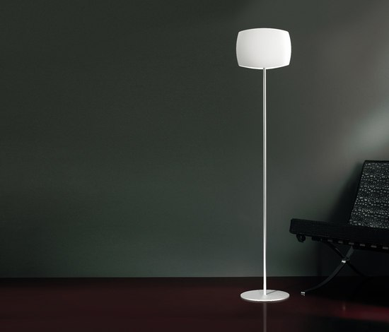 Aero Floor lamp by LUCENTE | General lighting