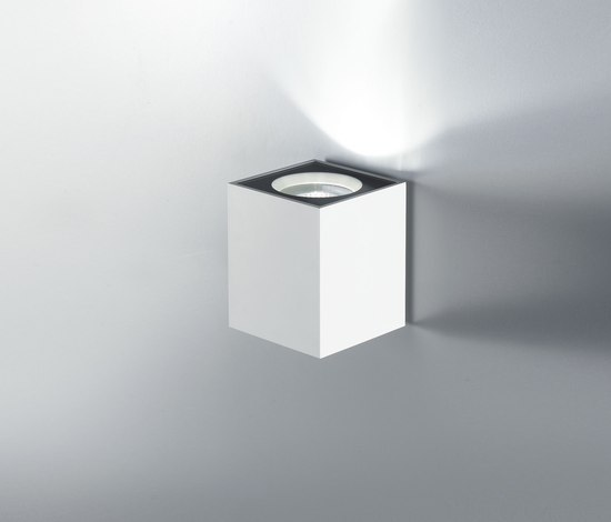 Cu-Bic Wall light by LUCENTE | General lighting