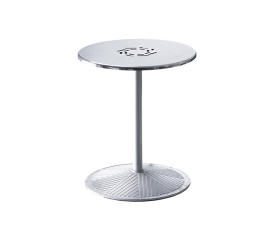 Plasma 823/824/825 by Engelbrechts | Cafeteria tables