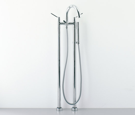 Fez - RUB170N by Agape   Bath taps