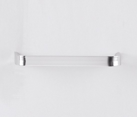 Mach by Agape | Towel rails