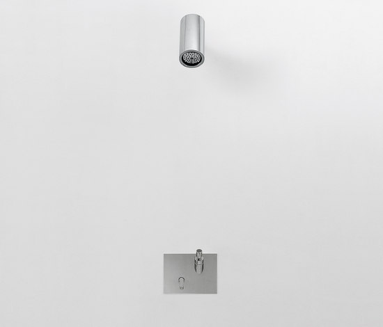 Square - RUB942 de Agape | Grifería para duchas