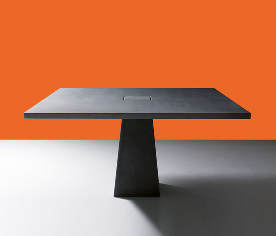 Incas by Agapecasa | Dining tables