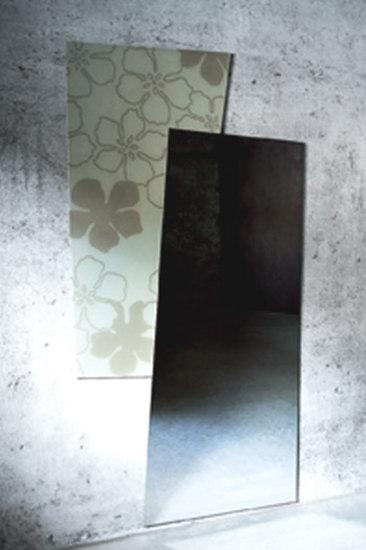 Uno più uno by Glas Italia | Mirrors