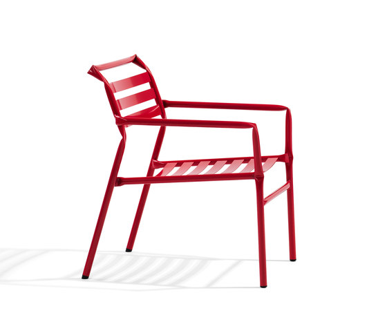 Straw lounge by Blå Station | Garden armchairs