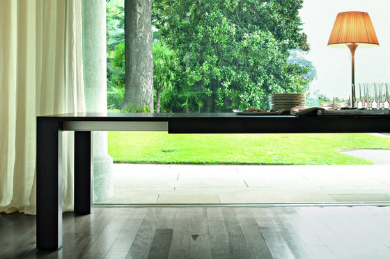 Dueci by LEMA | Dining tables