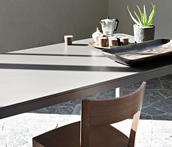 Sosia by LEMA | Restaurant tables