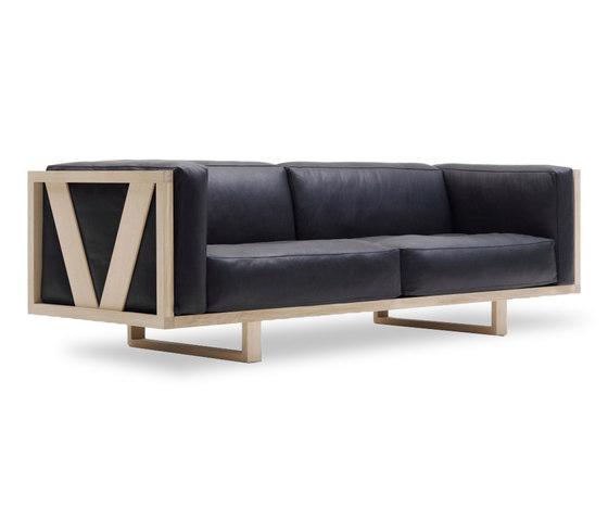 Frame EJ 555-3 by Erik Jørgensen | Lounge sofas