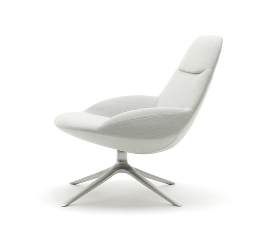 Uma EJ 10 by Erik Jørgensen | Lounge chairs