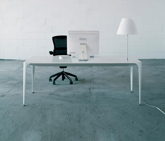 iTable by AMOS DESIGN | Executive desks