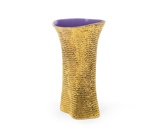 Cardboard Vase Gold and violet di Skitsch by Hub Design | Vases