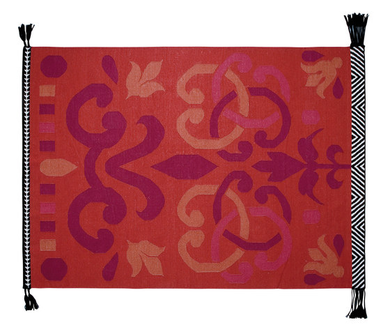 Arabesco Rug Red 1 by GAN | Rugs / Designer rugs