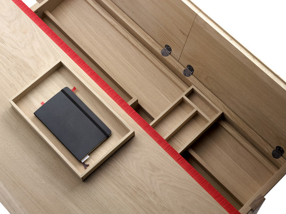Landa Desk by Alki | Desks