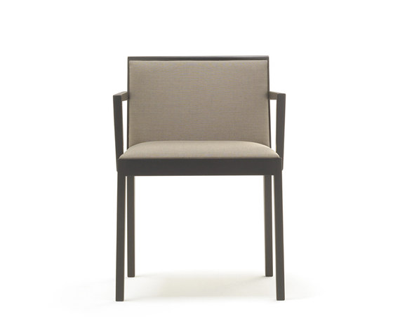 Vogue SI 1751 by Andreu World | Restaurant chairs