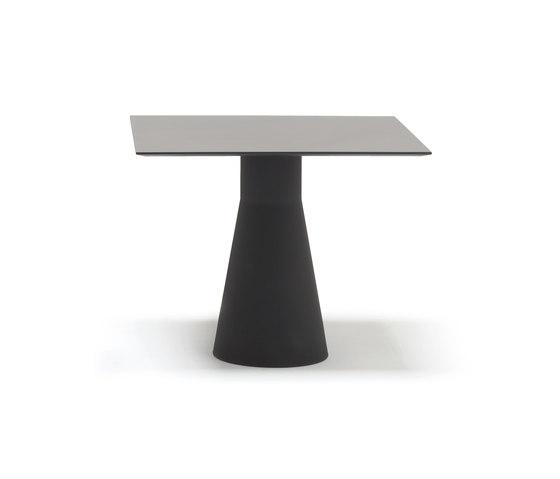 Reverse 50 BM 4521 by Andreu World | Restaurant tables