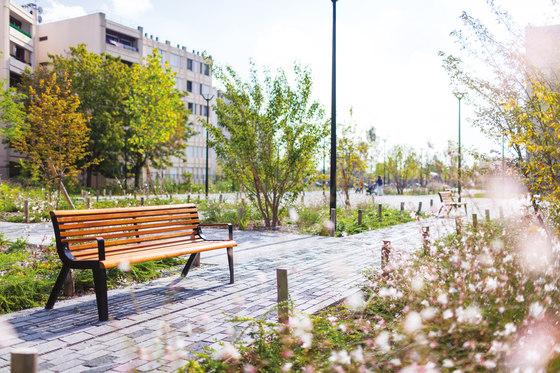 diva   Park bench with backrest and armrests di mmcité   Panche da esterno