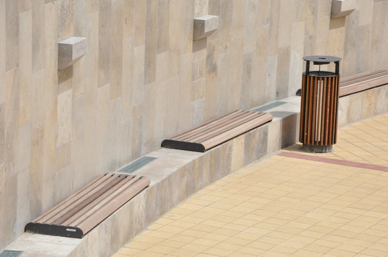 forma | Wall-mounted bench by mmcité | Exterior benches