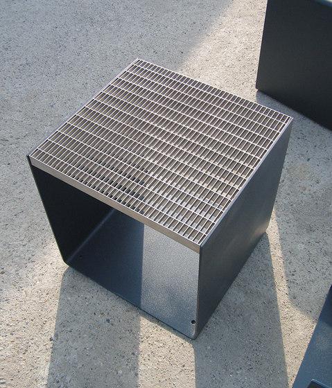 radium Stool by mmcité | Exterior chairs