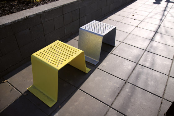 sinus | Stool by mmcité | Exterior chairs