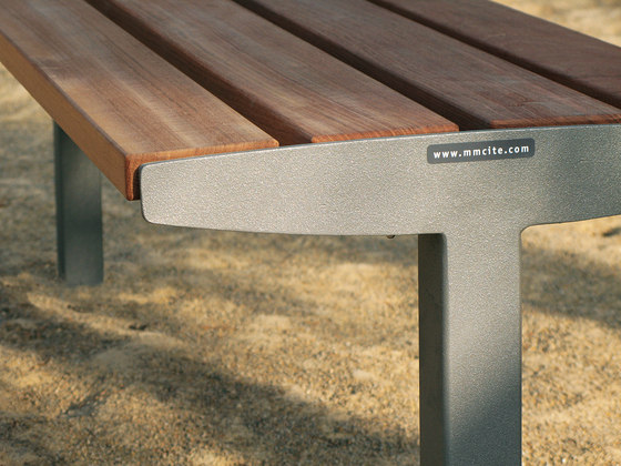 vera solo Park bench by mmcité   Exterior benches