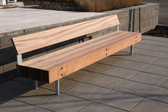 woody Park bench by mmcité | Exterior benches