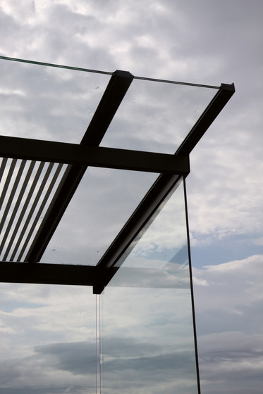 regio | Bus stop shelter with flat roof by mmcité | Bus stop shelters