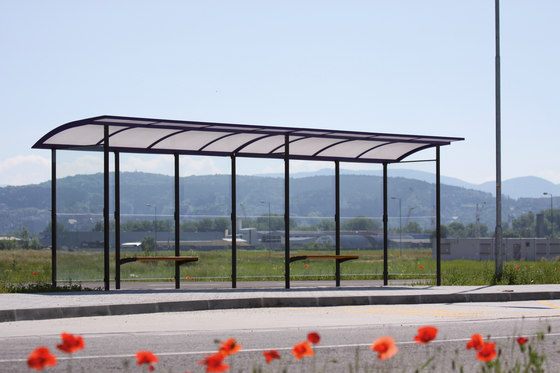 skandum | Extended bus stop shelter by mmcité | Bus stop shelters