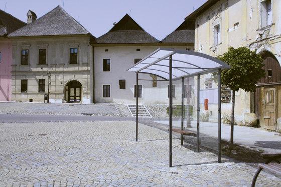skandum | Bus stop shelter by mmcité | Bus stop shelters