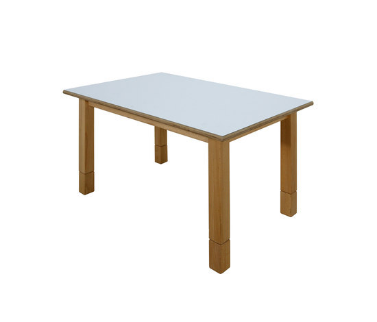 Group Table DBF 816.W by De Breuyn | Children's area