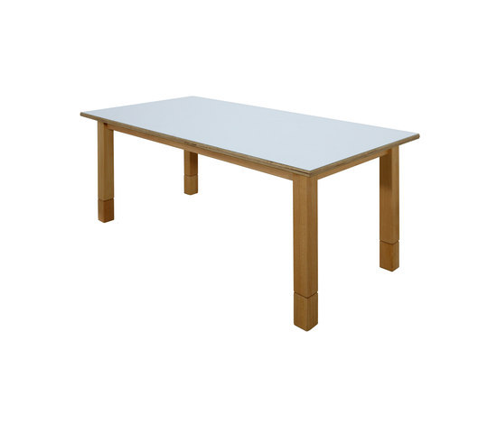 Group Table DBF 817.W by De Breuyn | Children's area