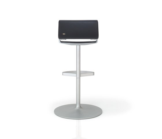 Rolf Benz 620 by Rolf Benz | Bar stools