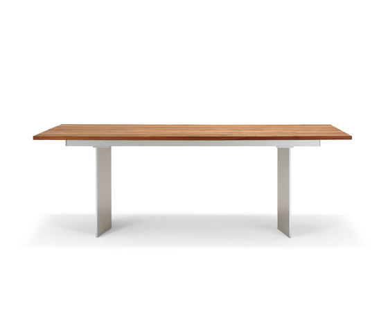 Rolf Benz 8830 by Rolf Benz | Restaurant tables