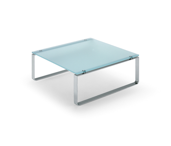 Rolf Benz 8710 by Rolf Benz | Lounge tables