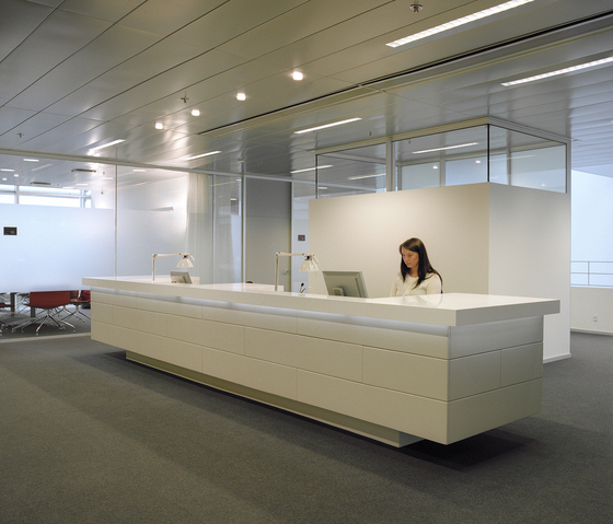 Reception desks | Entr...